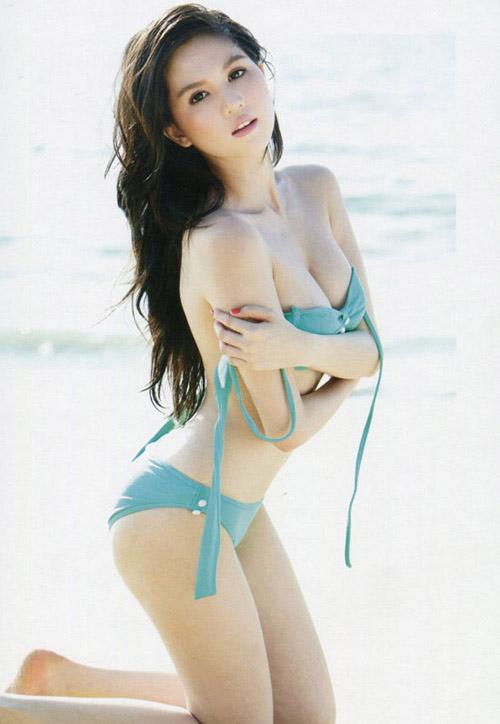 Hình nền Girl xinh mặc Bikini vô cùng nóng bỏng
