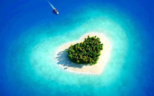 Hình nền mùa hè – Ốc đảo hình trái tim đẹp nhất cho dế yêu