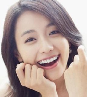 Hình nền điện thoại - Girl xinh cười rạng rỡ