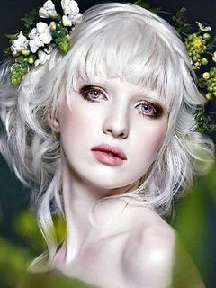 Hình nền girl xinh tóc bạch kim