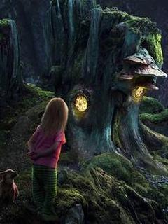 Hình nền kinh dị – Baby trong cánh rừng ma