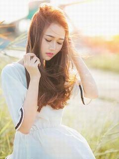 Hình nền girl xinh lung linh trong nắng