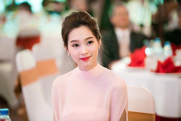 Tải hình gái xinh nhất Việt Nam đẹp hút hồn