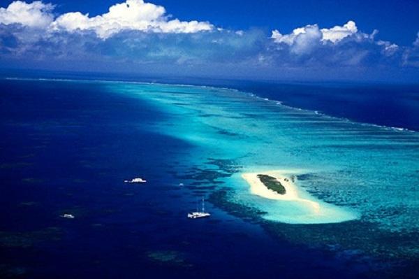 Cảnh thiên nhiên đẹp nhất thế giới - Biển xanh kỳ ảo