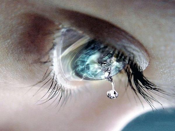 Tải hình avatar buồn khóc - Giọt nước mắt