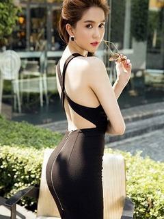Tải hình girl xinh đẹp với đường cong tuyệt mỹ