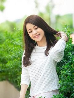Hình nền girl đẹp với nụ cười ngọt ngào dễ thương
