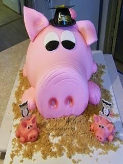 Hình bánh kem độc và lạ - Lợn hồng dễ thương