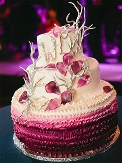 Hình ảnh bánh kem và hoa sinh nhật cực ý nghĩa