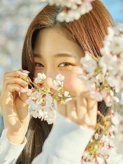Hình girl xinh mắt cười xao xuyến tuyệt đẹp