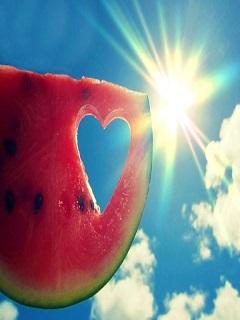 Hình nền mùa hè rực rỡ sắc màu dưới ánh nắng chói chang