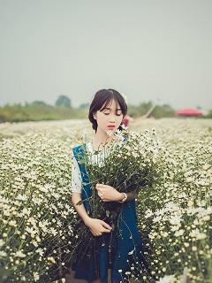 Tải hình nền girl xinh hot nhất Vịnh Bắc Bộ năm Mậu Tuất 2018