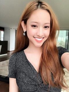 Tải hình nền girl xinh nở nụ cười rạng ngời năm 2018