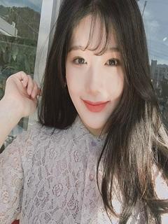 Hình girl Việt Nam sở hữu nhan sắc trong vắt ngọt ngào