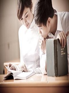 Ngắm hình nền tình yêu học trò trong sáng đầy mơ mộng