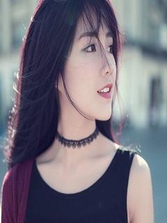 Xem ảnh gái girl xinh đẹp với mái tóc buông thả nhẹ nhàng